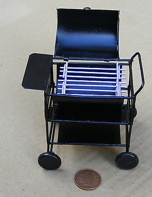 1:12 Scale Metal Barbeque Trolley Dolls House Miniature Garden Accessory BBQ