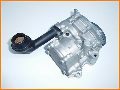 NEW GENUINE VW AUDI SEAT SKODA 1.6Tdi,2.0Tdi OIL PUMP 04L145208K - NEW !!!