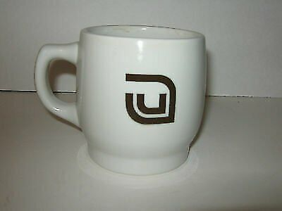 Vtg Mayer China Beaver Falls PA Diner Style Coffee Cup Mug Advertising 373 Logo