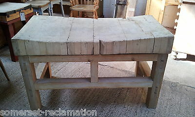 4´x2´ Large Reclaimed Beech Butcher´s Block & Chunky Pine Stand