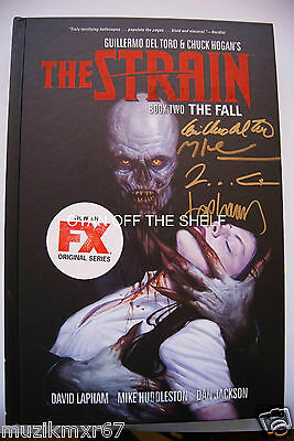 SDCC Comic Con 2015 EXCLUSIVE The Strain Book Two signed Guillermo del Toro