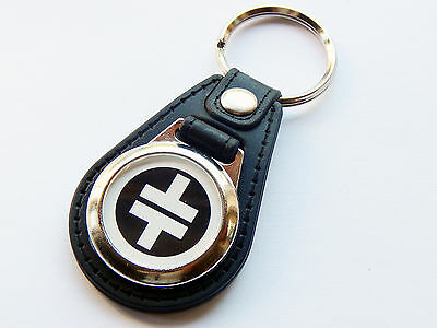 TAKE THAT Pop Boy Group White Premium Leather & Chrome Keyring