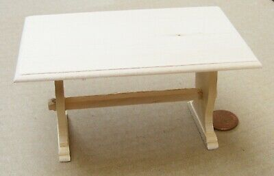 1:12 Scale Natural Finish Kitchen Table Dolls House Furniture Accessory 132