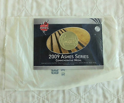 2009 ASHES SERIES 38mm COMMEMORATIVE MEDAL - still mint sealed