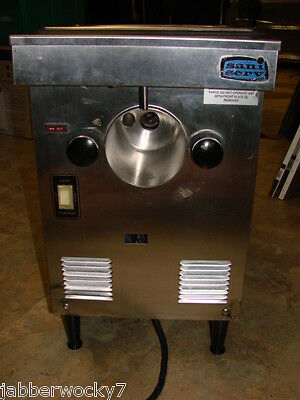Sani Serv Model A4071-E Soft Serve Ice Cream / Yogurt Counter Top Machine