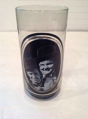 1979 Arby's Collector's Series Glass #3 of 6 Laurel And Hardy vintage Nice L@@K!