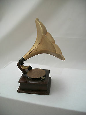"""Gramophone  dollhouse miniature furniture music  1/12"""" scale T8532 record player"""