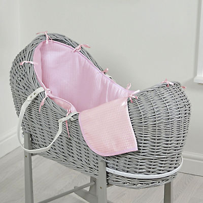 New 4Baby Pink Waffle Grey Wicker Baby Moses Basket / Snooze Pod & Mattress