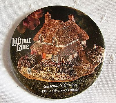 LILLIPUT LANE Promotional Pin Back Button #2 GERTRUDE'S GARDEN 1995 COTTAGE New