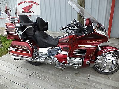 Chrome Side Covers  Right & Left With Emblems And Grommets Honda Gl1500 Goldwing