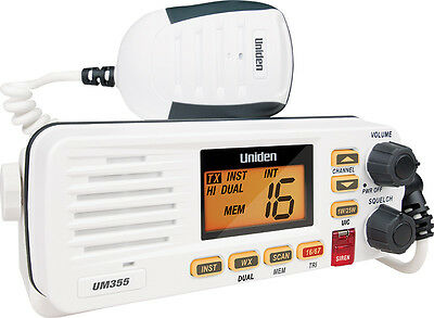 Uniden Um355Vhf Marine Radio Splashproof In-Boat Rugged White Suit Boats