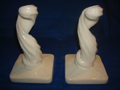 Vintage~Pair~of~Westmoreland~Milk~Glass~Swirl~Candlesticks