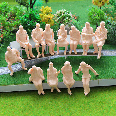 P2516 12pcs G scale Figures 1:25 All Seated Unpainted People Model Train Railway