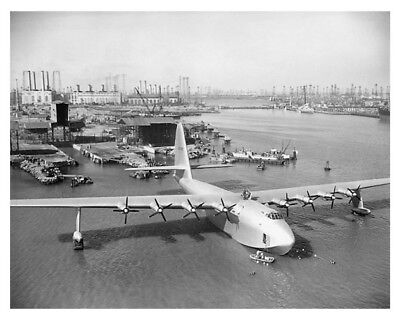 Howard Hughes H-4 Hercules Flying Boat Spruce Goose 8 x 10 Silver Halide Photo