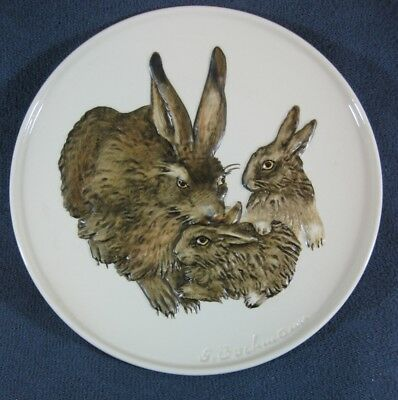 Goebel Mothers Day Series 1975 First Edition Bas-Relief Collector Plate Rabbits
