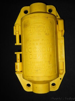 """Used Hubbell 1.5"""" to 2.75"""" Medium Polypropylene Plugout Lockout Device, HLD"""