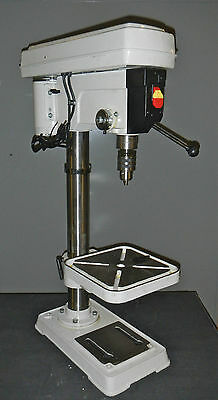 "Valuemaster #73277360 17"" Swing 16 Speed 1/2 Hp 115V Bench Drill Press"