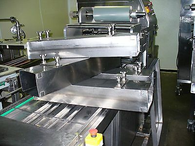 Conveyor tray sealer Model PERSEUS 10/15