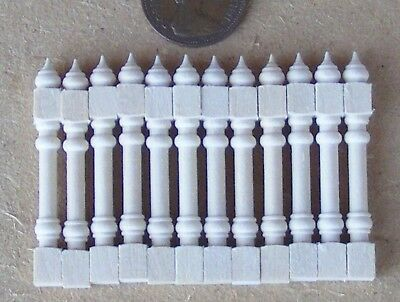 1:12 Scale Natural Finish 10 Wooden Doll House Miniature Posts DIY Accessory 613