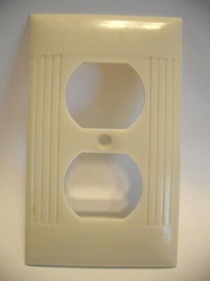 Vintage IVORY Outlet Wall PLATE Cover Ribbed Bakelite Sierra Electric