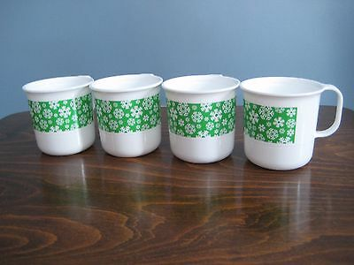 Tupperware Set of 4 Stackable Snowflake Decor Mugs 12oz/350mL White & Green NEW