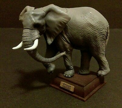 Kitan Club Nature Techni (like Kaiyodo) Savannah African Bush Elephant Figure