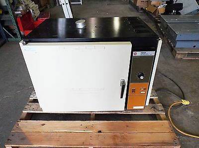 Fisher 318G Isotemp Oven 300 Series, 115 Volt (Used)