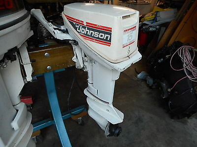 Johnson Outboard 15Hp Short Shaft , With Fuel Tank & Lead