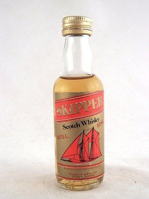 Miniature @ 1978 SKIPPER Scotch Whisky Isle of Wine