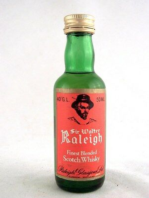 Miniature @ 1976 SIR WALTER RALEIGH Scotch Whisky Isle of Wine