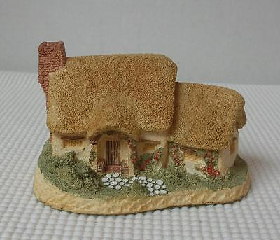 ROSE COTTAGE by DAVID WINTER Cottages Figurine Hand Painted in England 1980