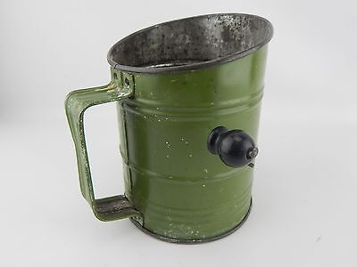 VINTAGE BROMWELL's  BEE 5 CUP FLOUR SIFTER ANTIQUE FLOUR VINTAGE GREEN BAKING