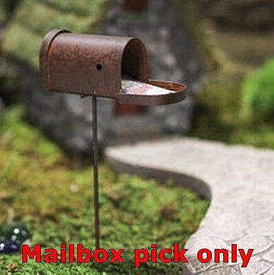 NIP FAIRY GARDEN Dollhouse Miniature RUSTIC Tin MAILBOX Pick OPENS Primitive NEW