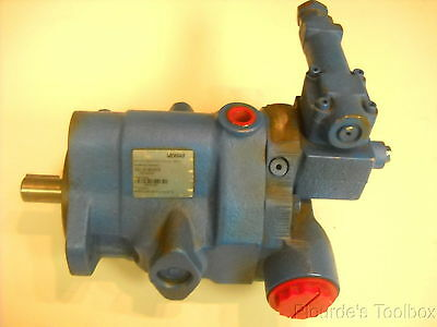 New Vickers PVQ10 A2R SS1S 20 C21D 12 Inline Piston Pump 02-348568