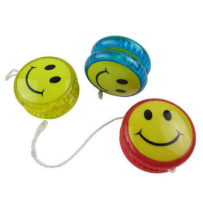 Kids Childrens Light Up Yoyo Smiley Face Design With Clutch Mechanism Tricks