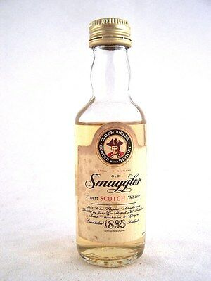 Miniature circa 1977 OLD SMUGGLER Scotch Whisky Isle of Wine