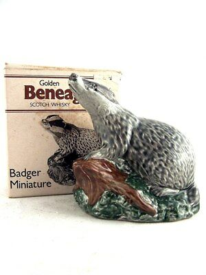 Miniature circa 1981 BENEAGLES BADGER Ceramic Whisky Isle of Wine