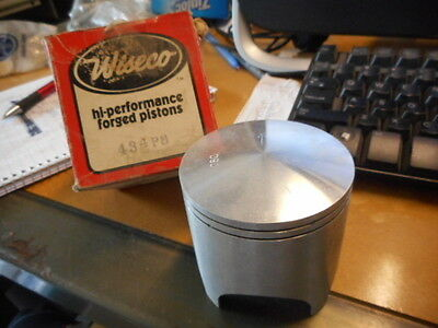 NOS Wiseco 1976-1979 Yamaha YZ250 2.00mm Oversize ( Only Piston ) 434P8