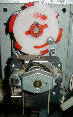 DUAL Column Vend Motor - Dixie Narco - Red Disk