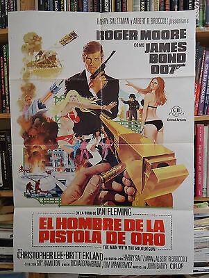 JAMES BOND/THE MAN WITH THE GOLDEN GUN/spain poster