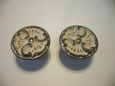 "2 VINTAGE 1-1/8"" BRASS & WHITE Provincial DRAWER KNOBS Cabinet Door Pulls Handle"