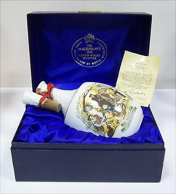 Scotch Whisky THE MACKINLAY'S 1815 Porcelain Decanter con Box - 75cl