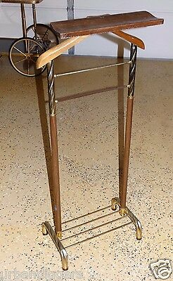 12815/ Mens Vintage Mid Century Brass / Wood Suit Butler Jacket Valet Rack