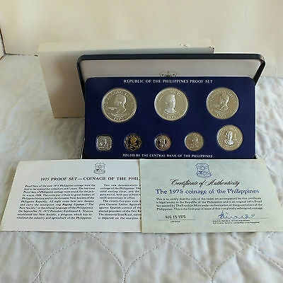 PHILIPPINES 1975 8 COIN PROOF SET WITH SILVER - sealed/complete