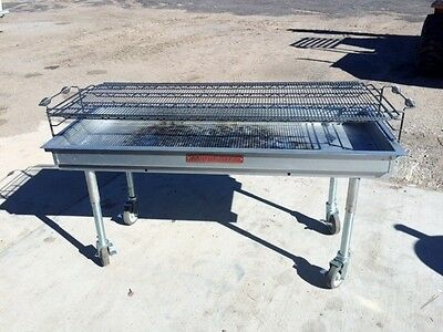 MagiCater CGL-60 Charcoal Grill
