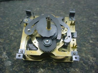 Vintage 25-F 30 hour Schneider Sohne Regula German Cuckoo Clock Movement E467b