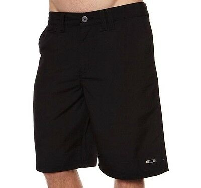 Oakley Coaster Black Size 32 Shorts Mens Casual Golf Chino Cargo Walkshorts New