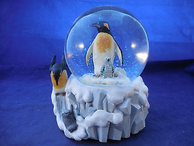 Emperor Penguin Mother And Baby Penguin Snowglobe Music Box As Is