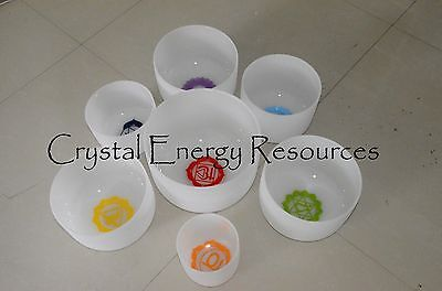 Chakra Tuned Set with Paternoster of 7 Frosted Crystal Singing Bowls 8-10 inch
