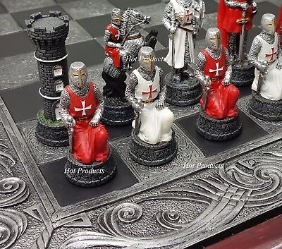 MEDIEVAL TIMES CRUSADES KNIGHTS RED & WHITE CHESS Set W/ CELTIC BOARD